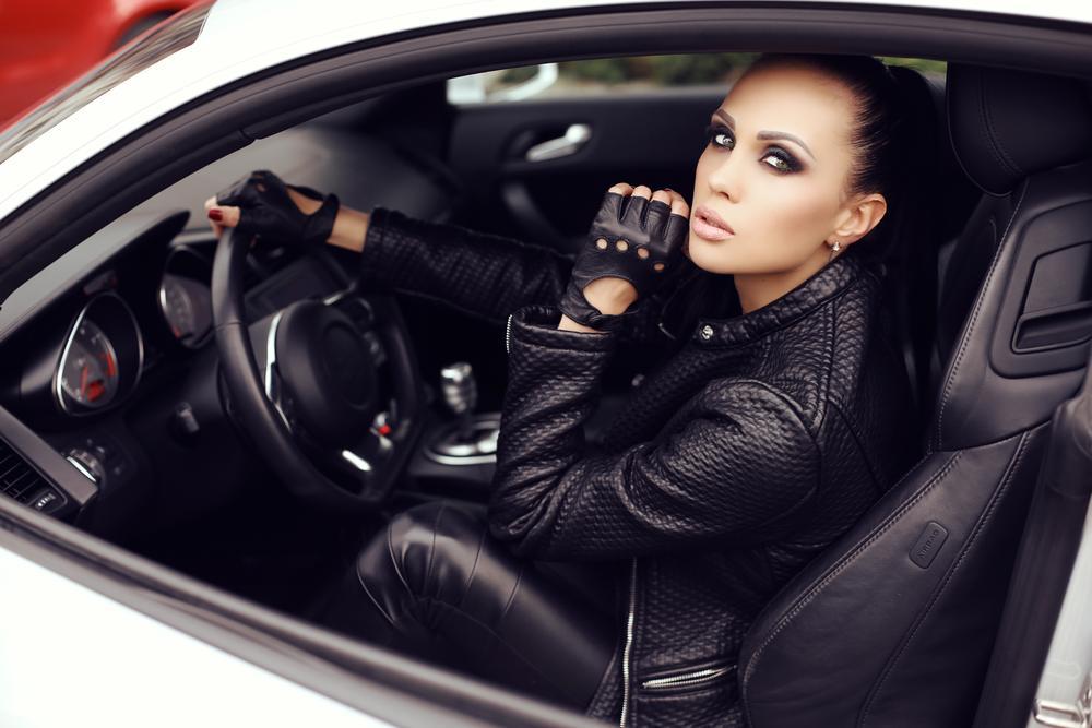 Rękawiczki do jazdy samochodem